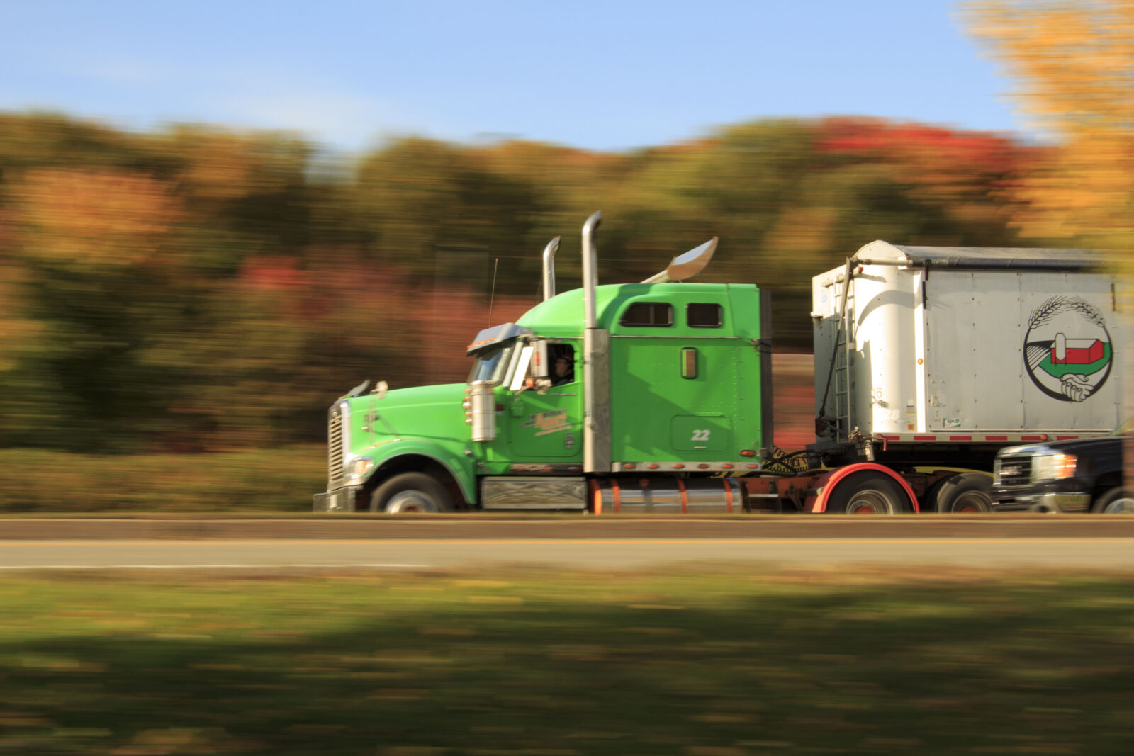 Truck Drivers Protest Mandated Electronic Logging Devices