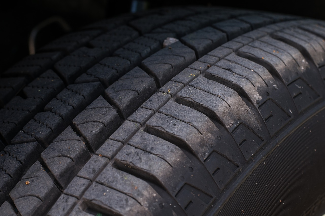 Judge Approves Class Action Over Defective Towmax Tires